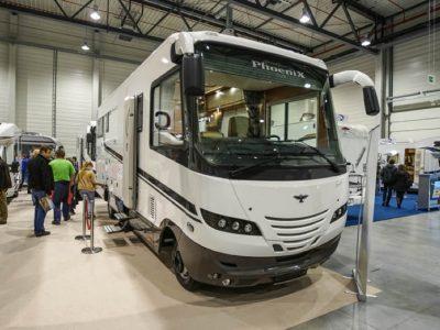 """Voll ausgebauter """"reisebus"""" für die ganze Familie"""